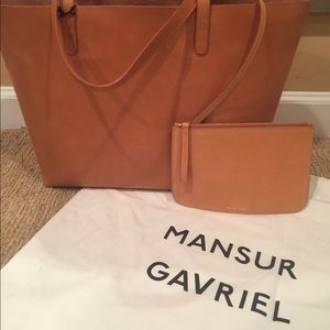 Mansur Gavriel Tote